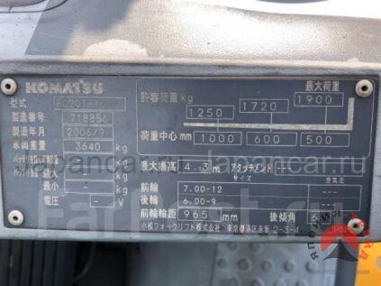Погрузчик KOMATSU FD20T 2006 года в Японии