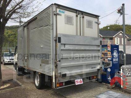 Будка Mitsubishi Canter 1998 года в Японии