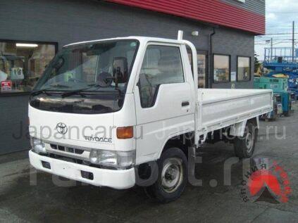 Бортовой Toyota Toyoace 2000 года в Японии