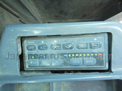 Грейдер Komatsu GD405A-3 2001 года во Владивостоке