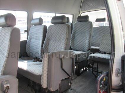 Автобус TOYOTA HAICE 2002 года во Владивостоке