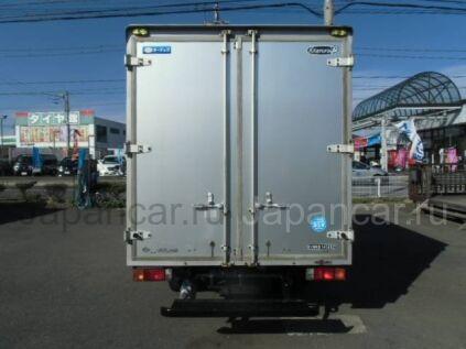 Фургон Nissan ATLAS 2000 года во Владивостоке