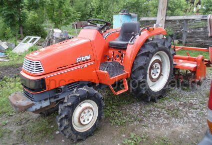 Трактор колесный KUBOTA SATURN X24 1998 года в Хабаровске
