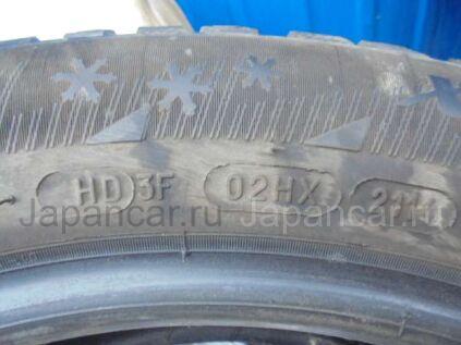 Зимние шины Michelin 215/55 17 дюймов б/у во Владивостоке