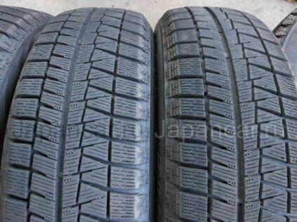 Зимние шины Bridgestone blizzak revo gz 175/65 15 дюймов б/у во Владивостоке