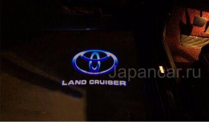 Эмблема на Toyota Land Cruiser во Владивостоке