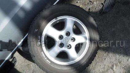 Зимние колеса Nissan R'nessa 205/65 15 дюймов б/у во Владивостоке