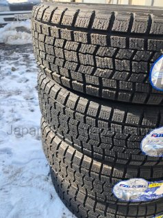 Зимние шины Falken 155/65 14 дюймов новые во Владивостоке