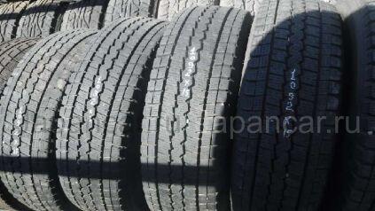 Зимние шины Toyota Hiace 215/70 15 дюймов б/у во Владивостоке