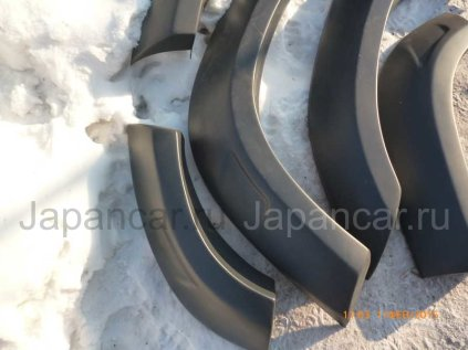 Расширители колесных арок на Toyota Land Cruiser 80 в Хабаровске