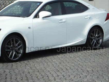 Lexus IS300H 2017 года в Хабаровске
