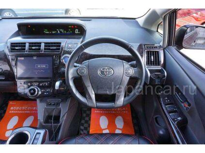 Toyota Prius Alpha 2015 года во Владивостоке