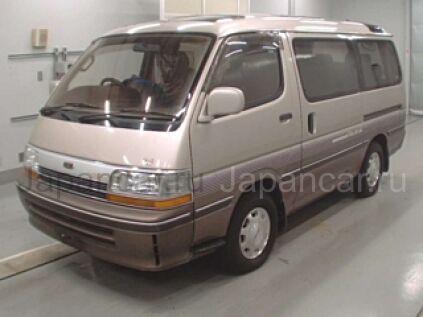 Toyota Hiace 1993 года во Владивостоке