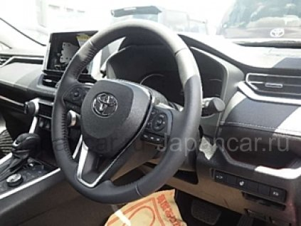 Toyota RAV4 2019 года во Владивостоке