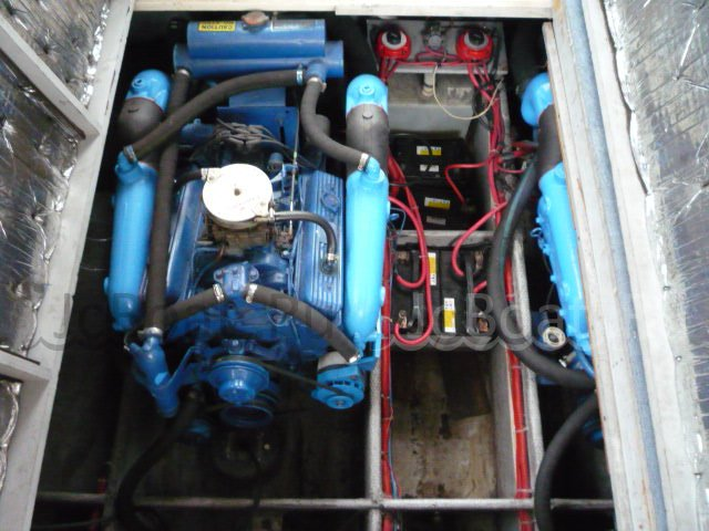 яхта моторная SILVERTON 34 CONVERTIBLE 1990 года