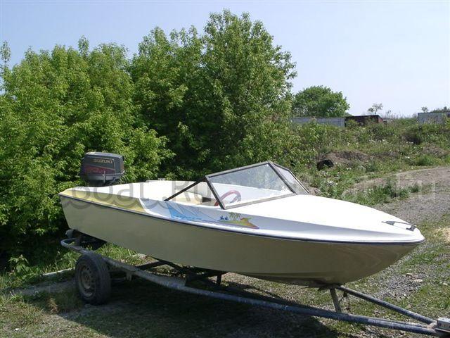 лодка пластиковая SUZUKI 1994 года