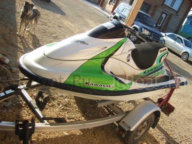 водный мотоцикл KAWASAKI 2002 года