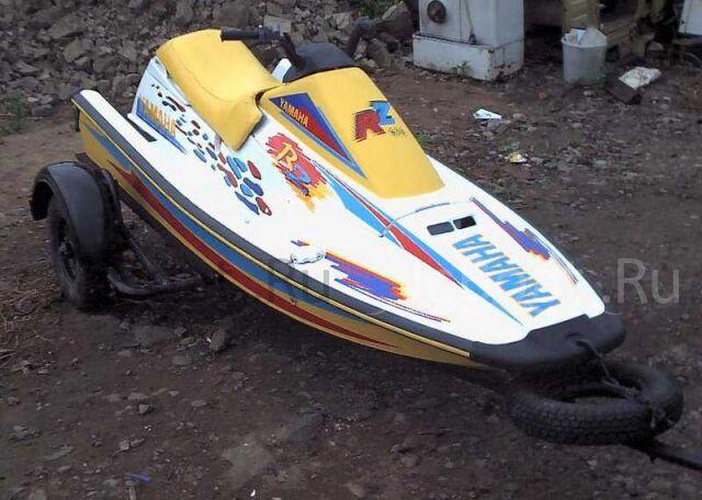 водный мотоцикл YAMAHA 1992 года