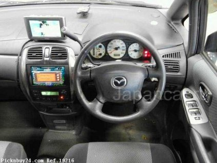 Mazda Premacy 2004 года в Японии
