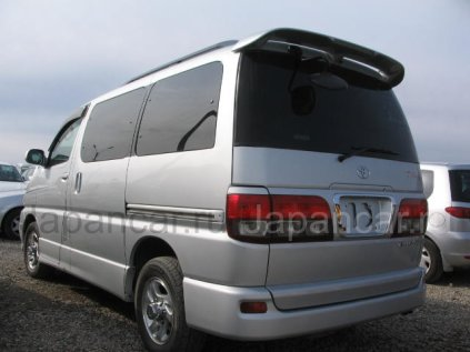 Toyota Touring Hiace 1999 года в Уссурийске