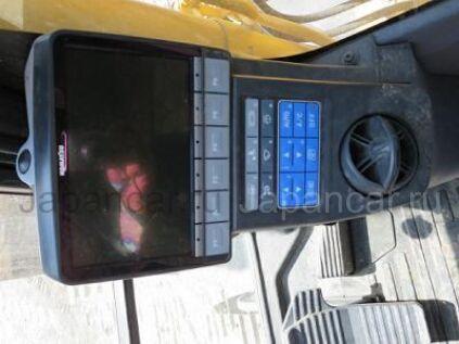 Экскаватор KOMATSU PC120-8 2011 года в Японии