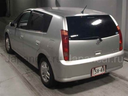 Toyota Opa 2001 года во Владивостоке