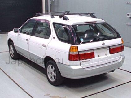 Nissan R'nessa 1998 года во Владивостоке
