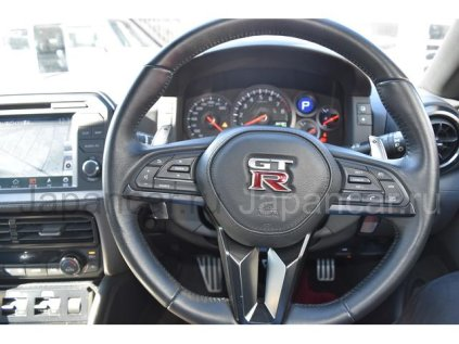 Nissan GT-R 2017 года во Владивостоке