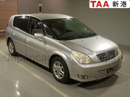 Toyota Opa 2003 года во Владивостоке