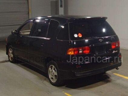 Toyota Ipsum 2000 года во Владивостоке