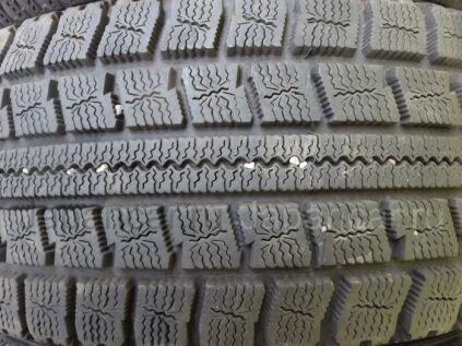 Зимние шины Toyo Observe garit g30 185/65 15 дюймов б/у во Владивостоке