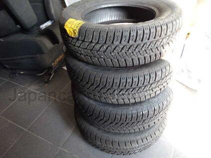 Всесезонные шины Pirelli 185/65 14 дюймов новые в Благовещенске