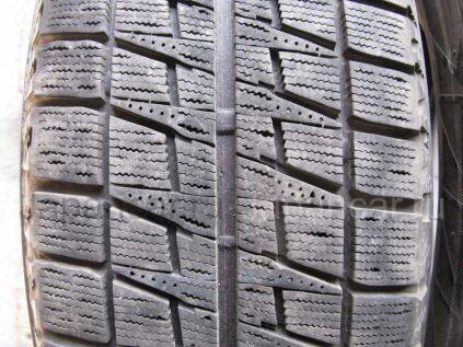 Зимние шины Bridgestone Blizzak revo2 215/60 16 дюймов б/у во Владивостоке