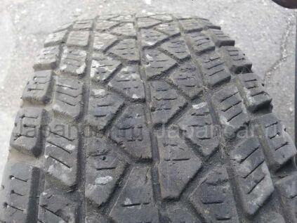 Зимние шины Bridgestone 215/80 16 дюймов б/у во Владивостоке