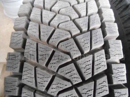 Зимние шины Bridgestone Blizzak dm-z3 215/80 15 дюймов б/у во Владивостоке