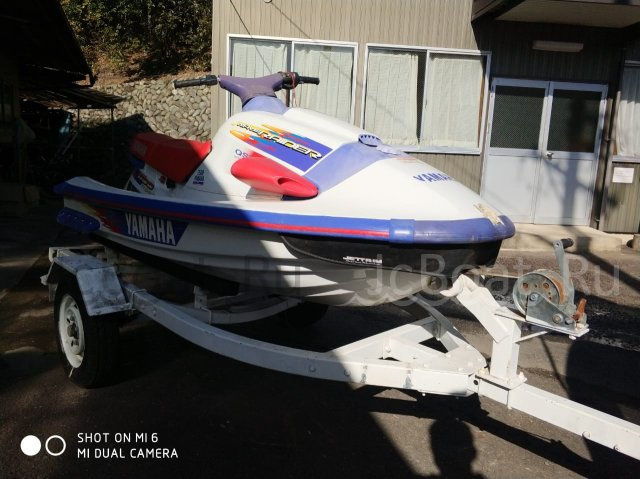 водный мотоцикл YAMAHA WAVE RAIDER 2002 года