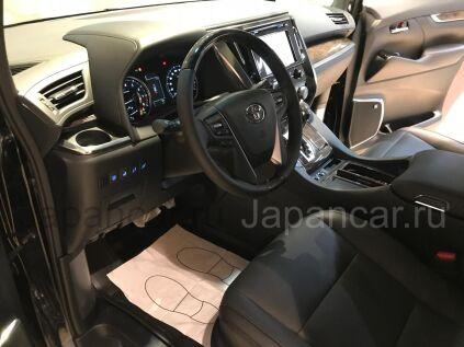 Toyota Alphard 2019 года в Москве