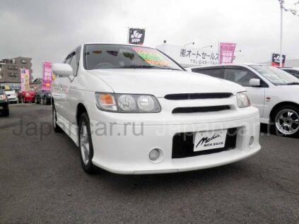 Nissan R'nessa 2000 года в Японии