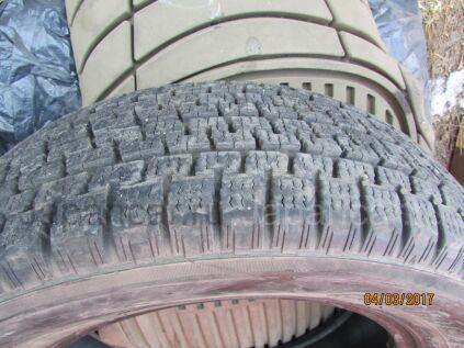 Всесезонные шины 195/65 15 дюймов б/у в Уссурийске