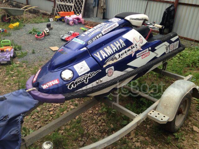 водный мотоцикл YAMAHA SUPER JET 2004 года