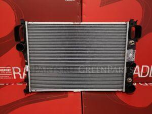 Радиатор двигателя на Mercedes-benz S-CLASS W220