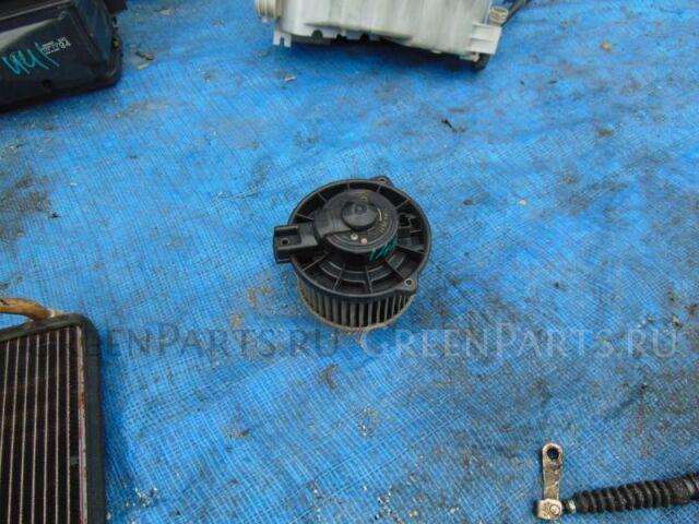 Мотор печки на Honda Odyssey RA1 F22B