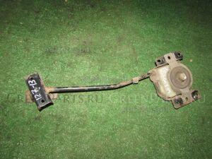 Крепление запаски на Toyota Kluger MCU25 1MZFE
