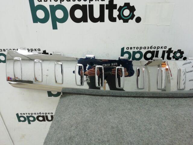 Накладка заднего бампера хром (A1668840190) на Mercedes-benz GL-klasse II (X166)