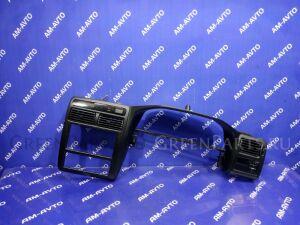 Консоль магнитофона на Toyota Carina ST215 3S-FE