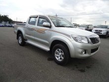 TOYOTA HILUX PICK UP 2012 года