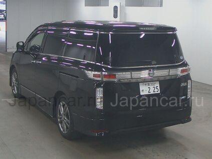 Nissan Elgrand 2012 года в Японии
