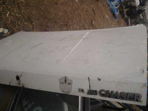 Крышка багажника на Toyota Chaser 80