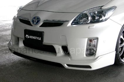Накладки на передний бампер на Toyota Prius во Владивостоке