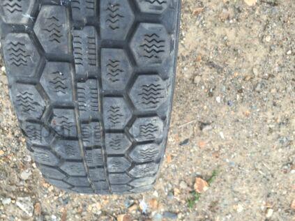 Зимние шины Dunlop 145/70 12 дюймов б/у во Владивостоке